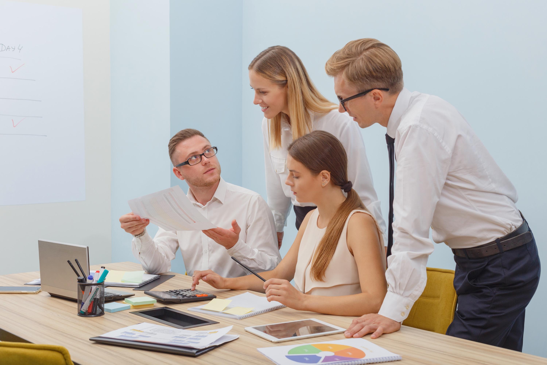 フルリモート可能 ◆マーケティング/経営層向けオフラインイベントのプロデュース、集客、運営、効果検証